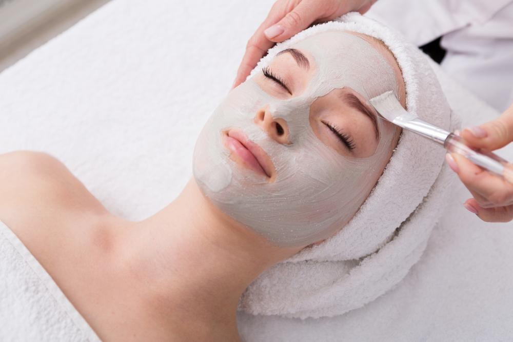 professional spa facial